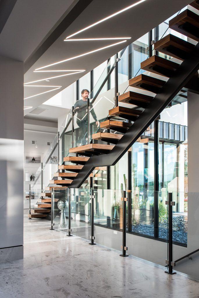 custom home floating stairs