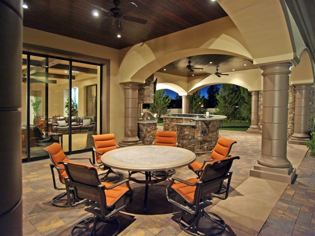 luxury custom home las vegas exterior courtyard