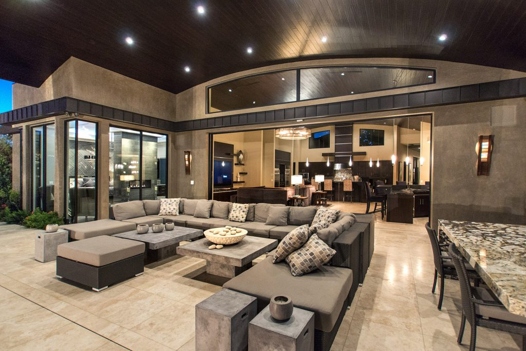 luxury custom home las vegas exterior backyard
