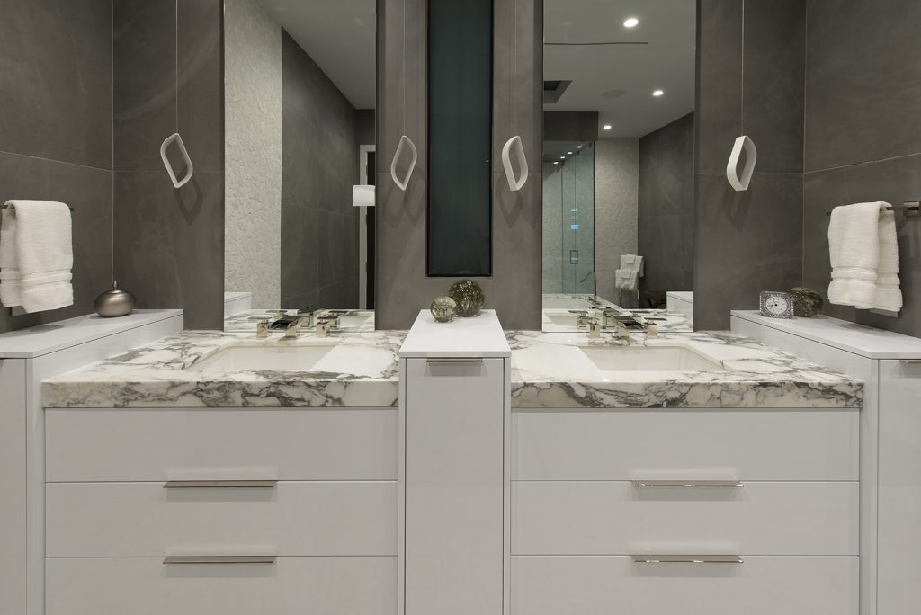 custom luxury las vegas home interior bathroom