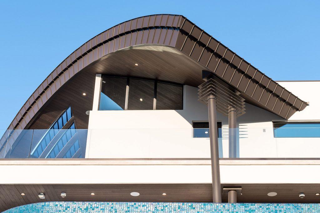 custom home las vegas balcony